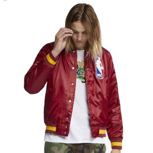 Куртка Nike SB X Nba Bomber team red/team red/university gld